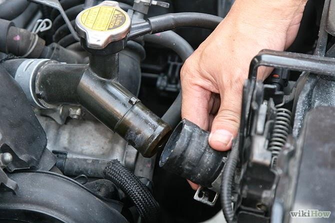 Entertainment Plus : Emergency Roadside Radiator Hose Repair