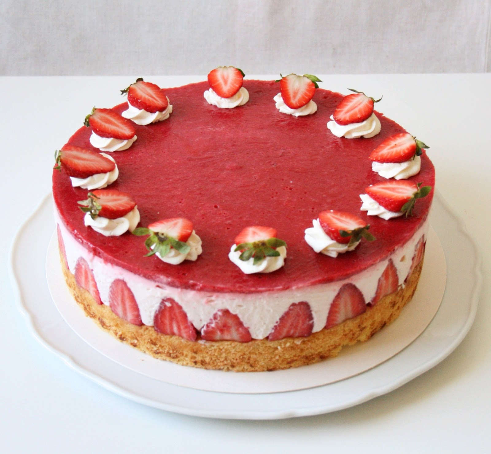 Juliecharlie Erdbeer Mascarpone Torte