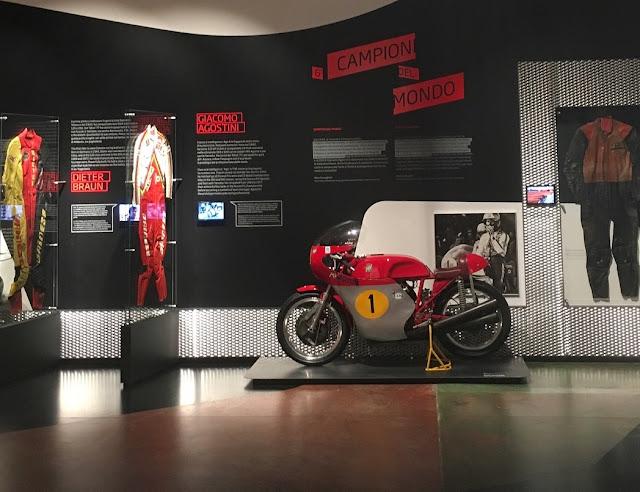 Archivio Dainese AGV Lino Dainese Giacomo Agostini Valentino Rossi