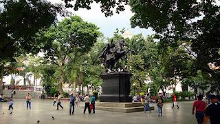 Plaza Bolívar de Caracas, primera Plaza Bolívar de Venezuela