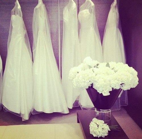 Teenie weenie blog my wedding the wedding dress my wedding the wedding dress junglespirit Choice Image