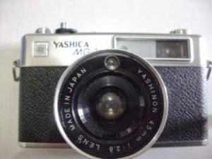 Yashica MG-1 tampak depan