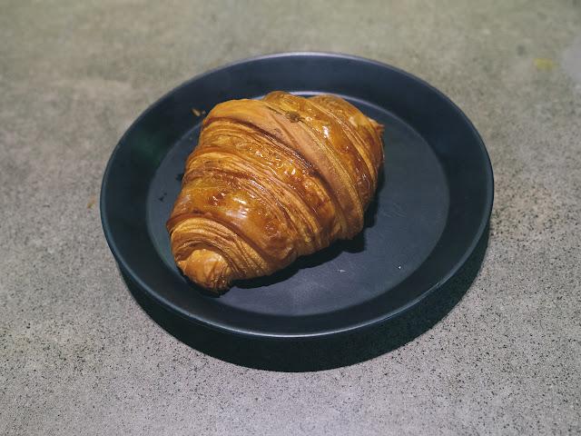 ルーン・クロワッサン・アンド・コーヒー(Lune croissant and coffee)