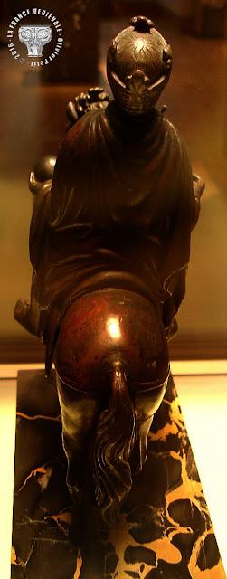 PARIS (75) - Musée du Louvre : Statue équestre de Charlemagne