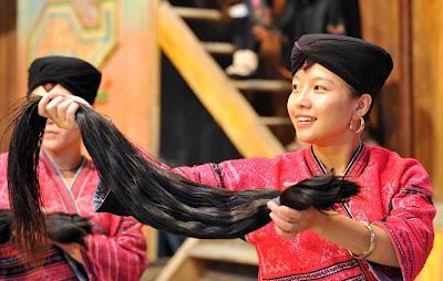 http://4.bp.blogspot.com/-1DDIqQMVcKg/Uf6k03Zu6xI/AAAAAAAAAb0/TwCELXPXj1w/s1600/suku+Yao+di+desa+Huangluo+2.jpg