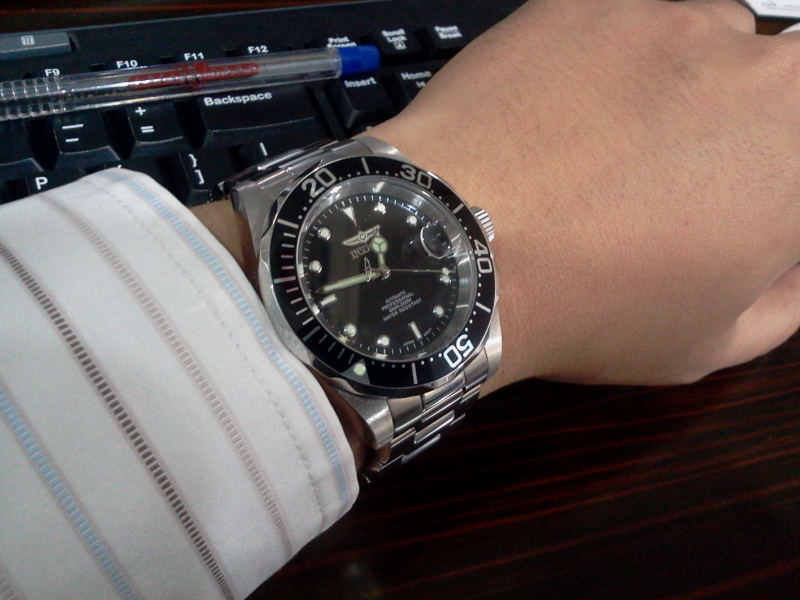 Photo Library Database  Invicta 8926 Pro Diver Automatic Watch - on ... 7eec80a2220