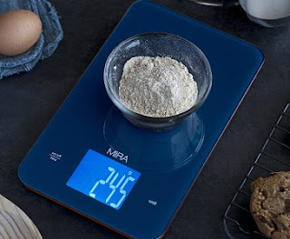 Measuring flour using a common kitchen scale