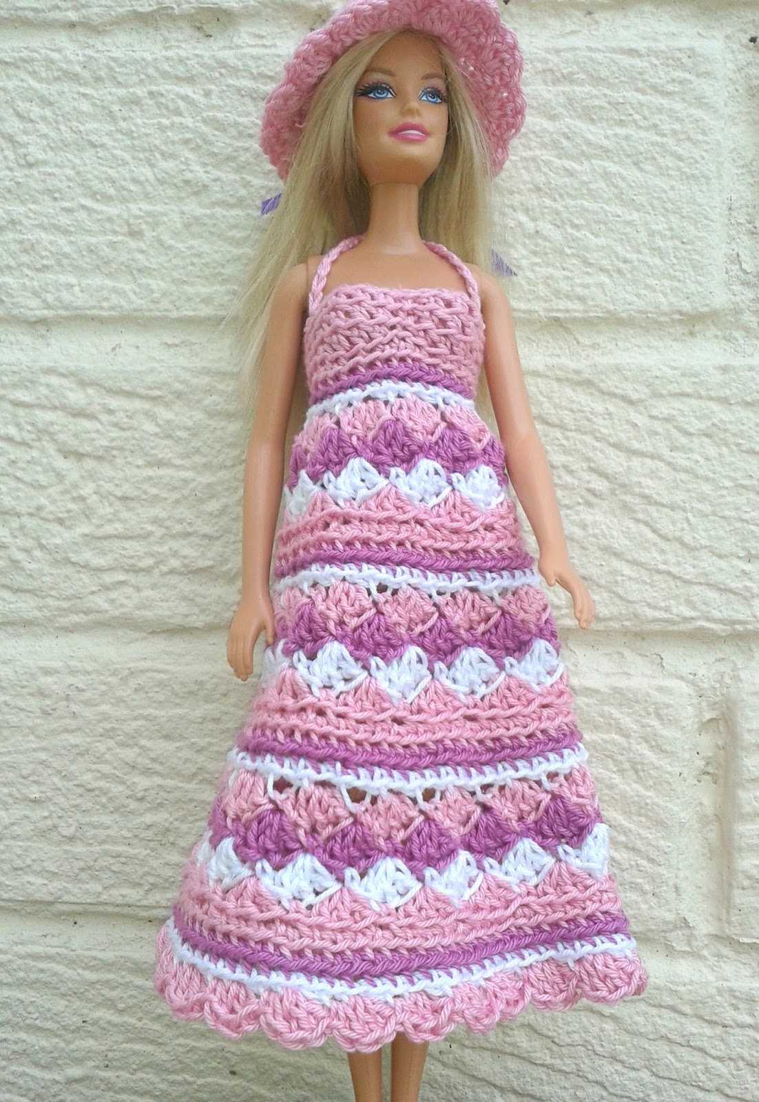 Linmary Knits: Barbie crochet summer dress and hat