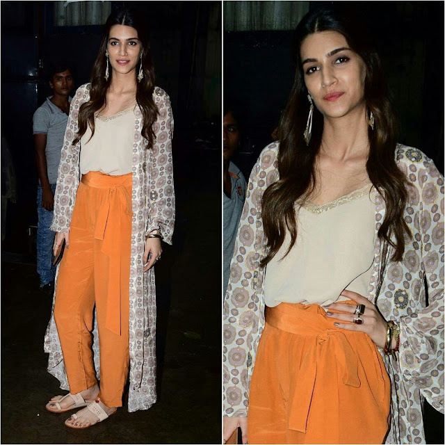 Actress kriti sanon Stills at Bareilly Ki Barfi Promotions
