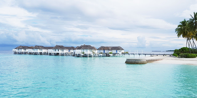 Luxury overwater bungalows in Maldives