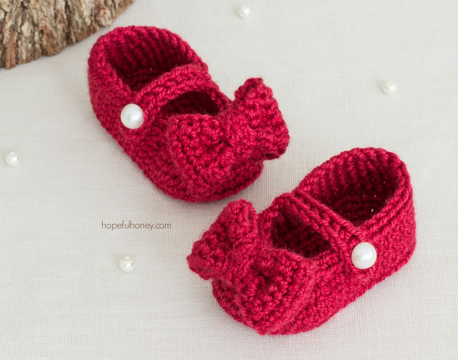 Ruby Red Mary Jane Booties – Free Crochet Pattern