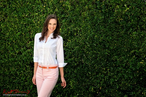 Casual over 30s women's fashion. A country garden style fashion photoshoot in suburban Sydney.