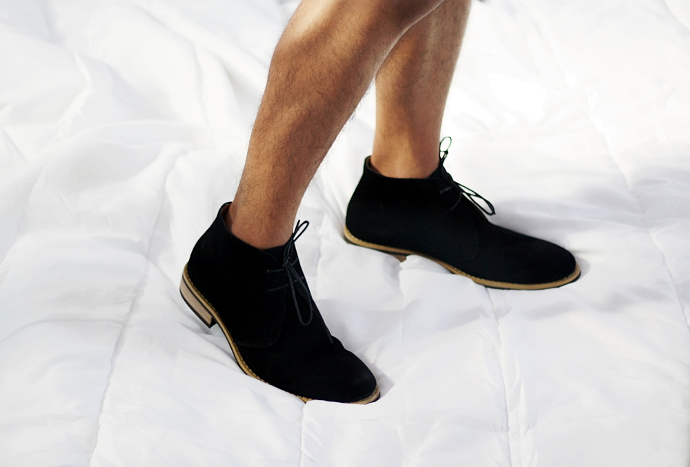 DELUXSHIONIST FASHION & LIFESTYLE BLOGGER INDONESIA - ZALORA BLACK DESERT BOOTS SHOES