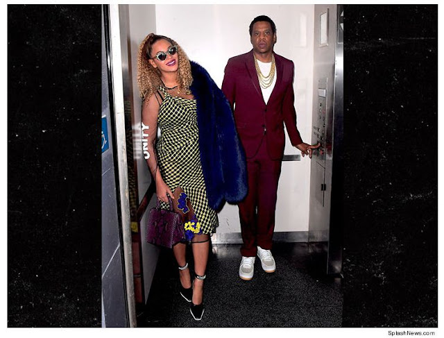 Beyonce and Jay z on NYC ELEVATOR