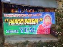 Mbok Yem, Penjual di Atas Awan - Responsive Blogger Template