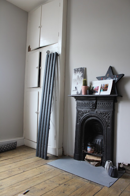 Restored Victorian Fireplace in Small Bedroom