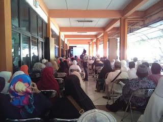 Manasik Massal Calon Jamaah Haji Kota Bekasi bersama SUSU HAJI SEHAT di Asrama Haji Bekasi Jawa Barat