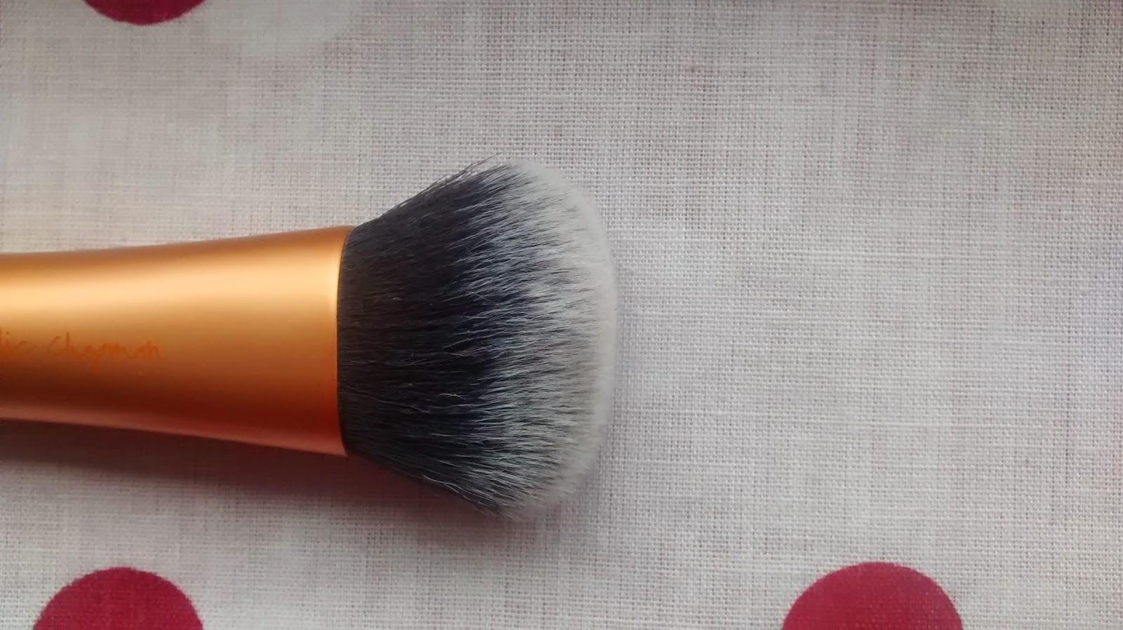 RealTechniques Expert Face Brush