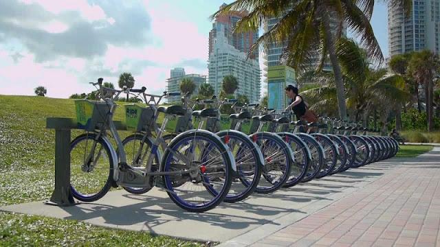 Aluguel de bicicleta DecoBike em Miami Beach