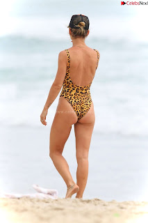 Elsa Pataky in   Swimsuit   celebs.in Exclusive Celebrity Pics 010
