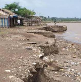 Dampak yang di timbulkan oleh fenomena erosi sangatlah besar Kabar Terbaru- ABRASI ADALAH