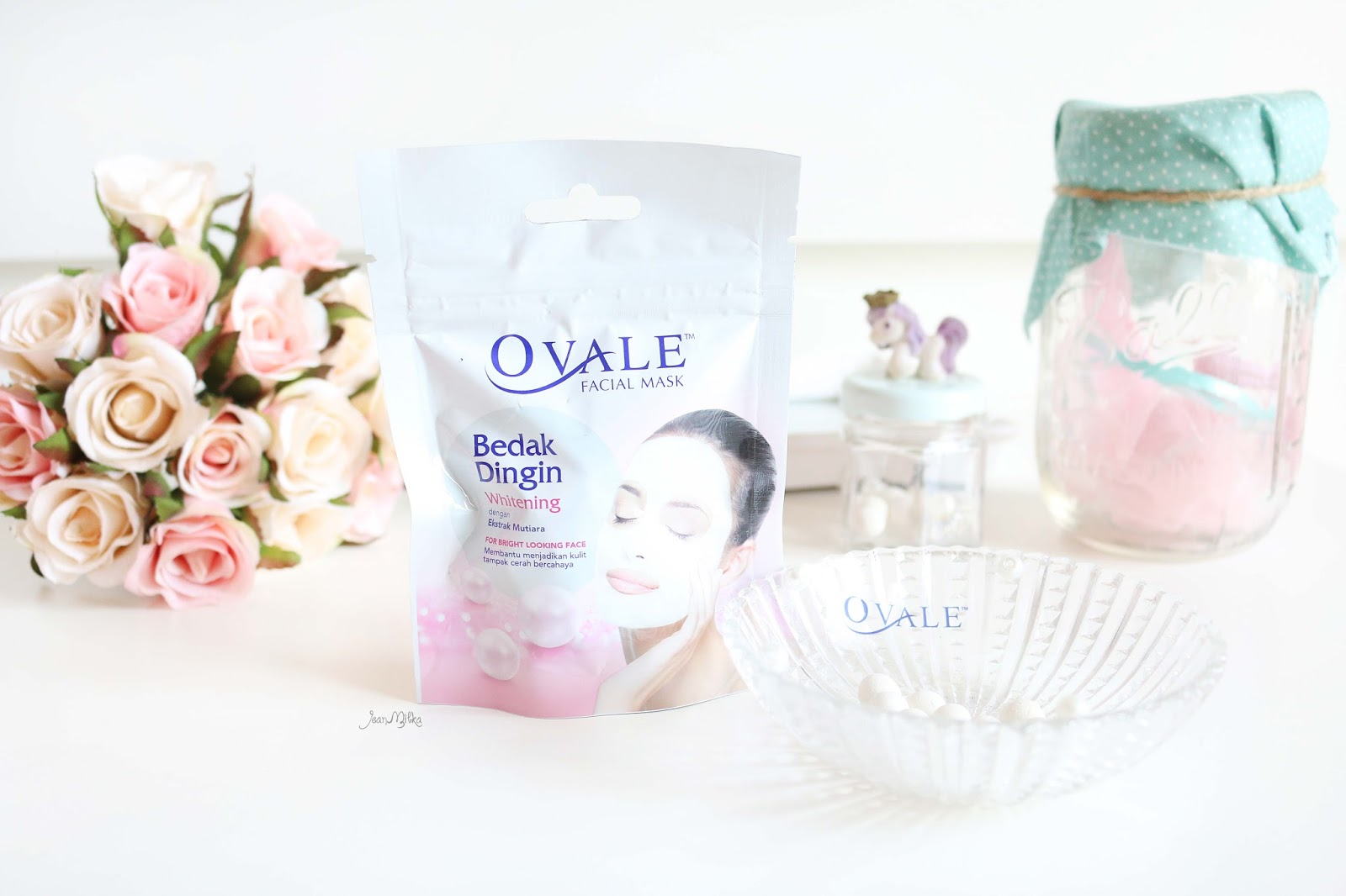 ovale, bedak dingin, ovale bedak dingin, review, demo, beauty blogger, video, skin care, masker, bedak dingin