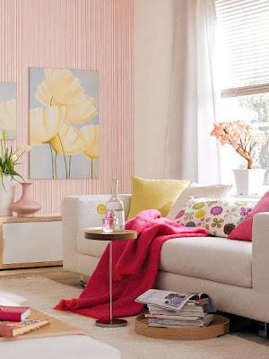 papel de parede com listras rosa