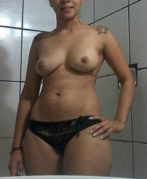 Novinhas nuas na frente do espelho 40 fotos - Seu Jeca