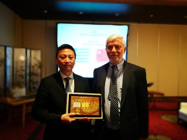 Στην Κίνα θα ταξιδέψει ο Τατούλης για την προώθηση του εμπορίου, του πολιτισμού και του τουρισμού