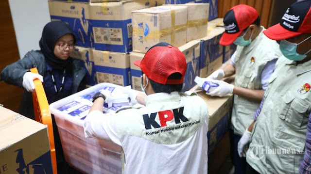 Membaca Manuver Klinis KPK