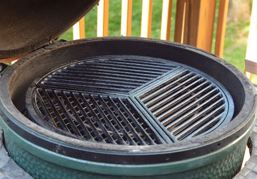 how to raised grid big green egg, raised direct BGE, kamado grill technique, grill dome technique