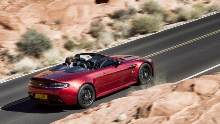 Wallpaper 2: Aston Martin V12 Vantage S Roadster