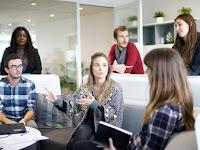 Bingung Mau Usaha Apa? Coba Lihat 7 Bisnis yang Paling Cocok untuk Anak Muda Ini