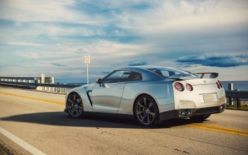 Wallpaper: Super Car Nissan GT-R R35