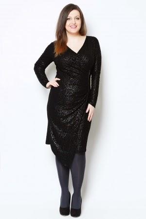20337ba381 Τα φορέματα είναι τα αγαπημένα των γυναικών και ειδικά τις μέρες των εορτών  η νούμερο ένα επιλογή για να εντυπωσιάσουν και να κλέψουν εντυπώσεις!