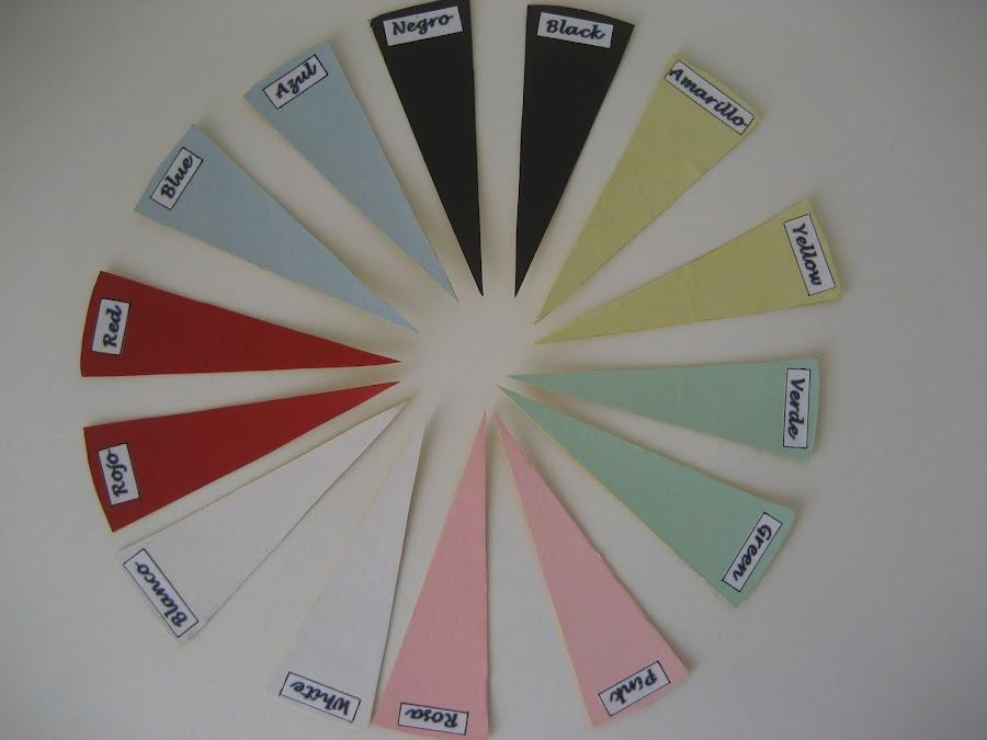 Cartas de colores para un juego de memoria