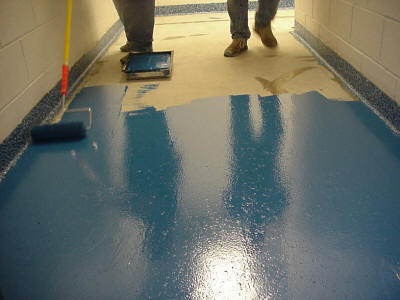 painting a cement floorHow to paint concrete floors in detailed steps