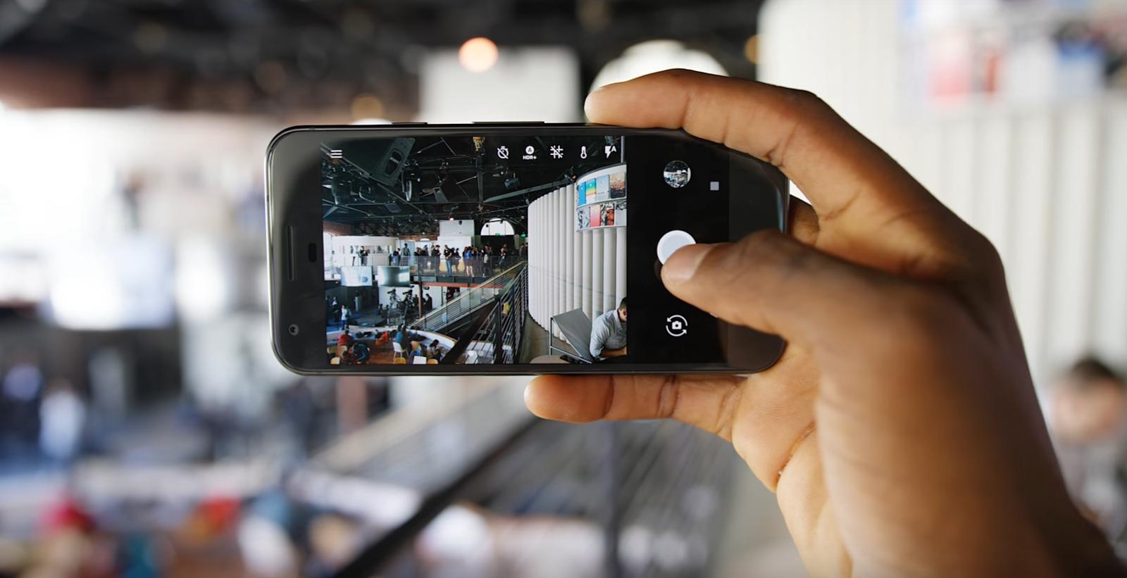 Google Pixel vs Nexus 5x and Nexus 6P - Features Review