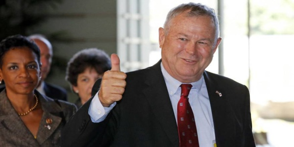 Αποτέλεσμα εικόνας για Βουλευτής του Τραμπ: Η ΠΓΔΜ δεν είναι καν χώρα!