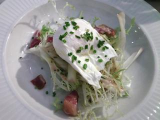 Salad with poached egg - Côte Edinburgh