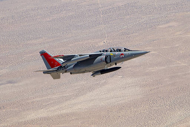 USAF contracted Alphajet chase Edwards