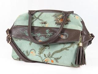 women's doctor bag, carpet bag