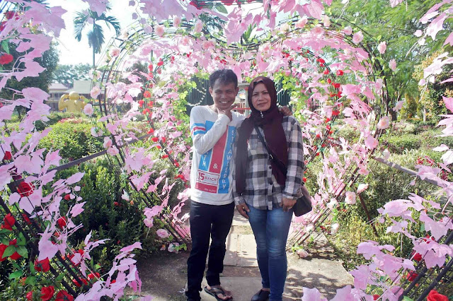 Taman Cinta Singkawang 1