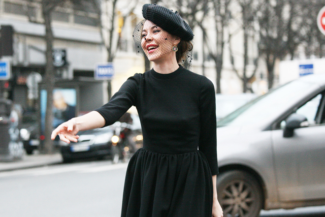 88fad63d7c1 I am absolutely loving this idea of adding a little veil to a beret