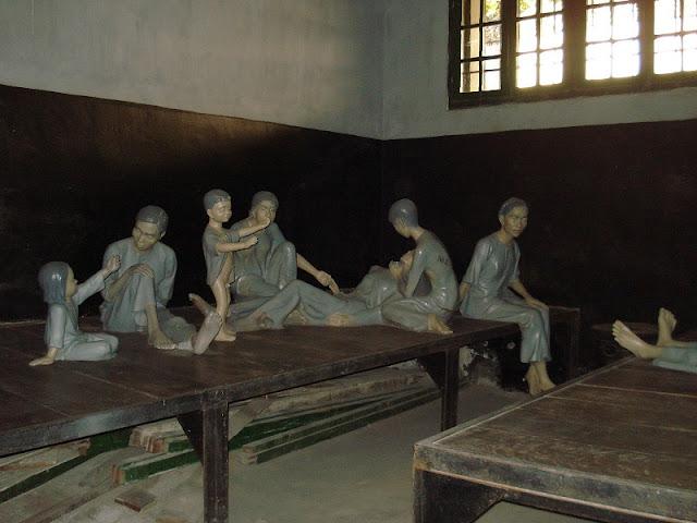 Hoa Lo Prison 3