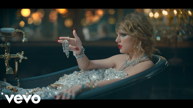 """Taylor Swift Disses Kanye & Katy On """"Look What You Made Me Do"""" Video"""