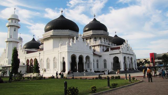 Mesjid Raya Baiturrahman Aceh.JPG