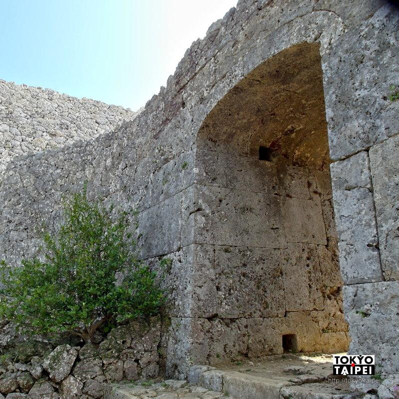 【中城城跡】14世紀巨型城堡 連侵略者都稱讚的築城工藝