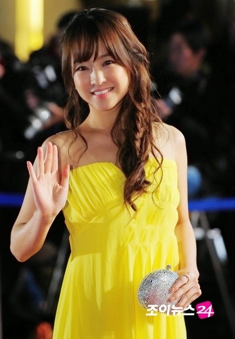 Park Bo Young  (박보영) - 33rd Blue Dragon Film Awards on 30 November 2012