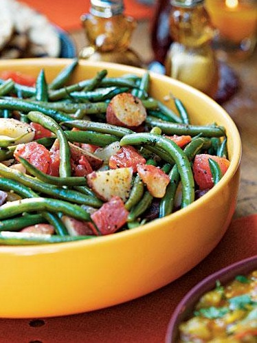 #Recipe : Green Beans and Potatoes in Chunky Tomato Sauce